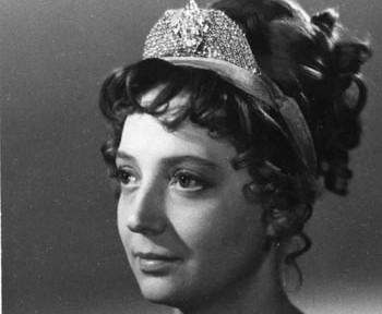 Лариса Жуковская