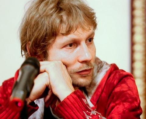 Олег Любимов