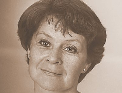 Анна Жарова