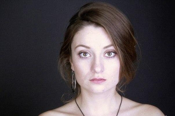 Александра Аронс