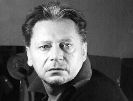 Олег Исаев